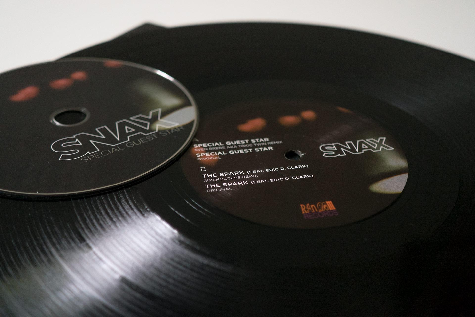 Mario Dzurila LP Vinyl Cover Design Snax Special Guest Star